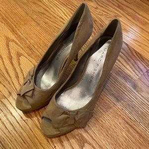 Marc Fisher, tan heels